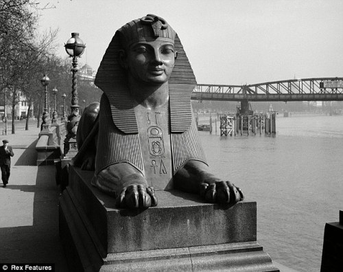 Sphinx in Britain